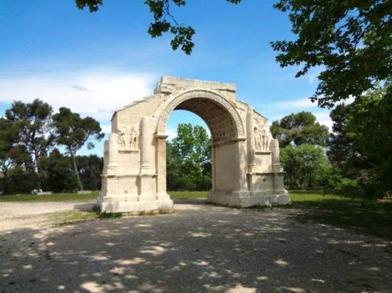 Saint-Remy-de-Provence, France: Archeologique de Glanum