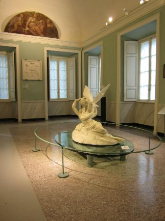 Villa Carlotta: Eros and Psyche (copy of Canova by Tadolini)
