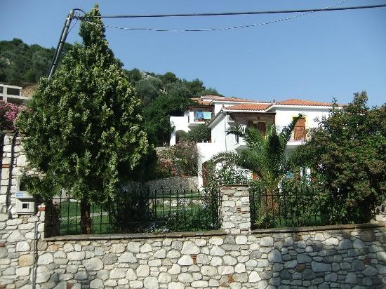 Filokalia Apartments: View from road