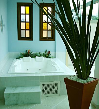 Hotel Costa Balena: Jacuzzi