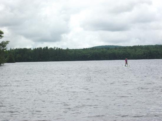 Medomak Camp and Retreat Center : Paddleboarding on the Lake