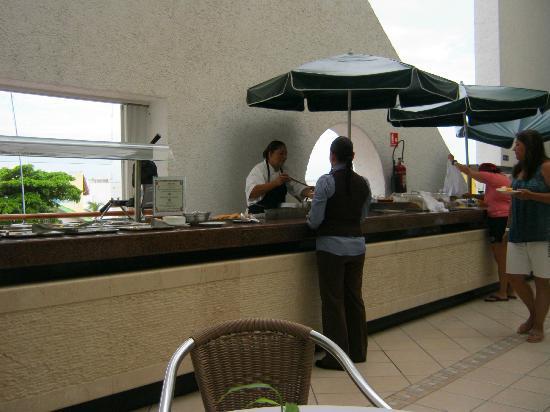 Suites Bahia: Breakfast buffet. Casa Mmmmmexicana