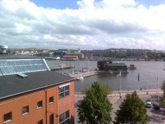Quality Hotel 11: Aussicht vom Balkon aufs Wasser