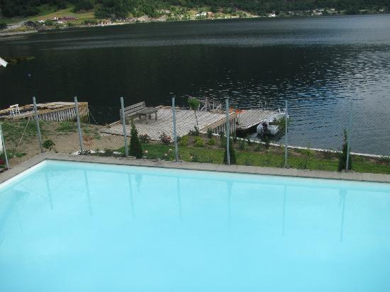 Hofslund Fjord Hotel: Pool & Fjord