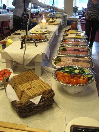 Hofslund Fjord Hotel: Breakfast Buffet