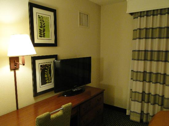 Homewood Suites by Hilton Minneapolis - Mall of America: Smaller LCD TV in bedroom