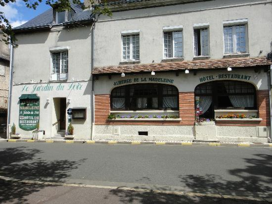 Vendome, France: Façade de l'auberge