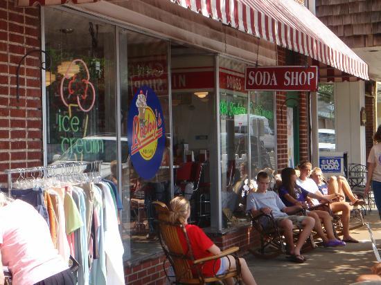 Rocky's Grill & Soda Shop : Rocky's Soda Shop