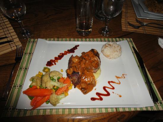 Akkaya Garden Restaurant: Dinner!!