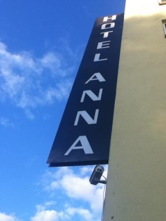 Anna Hotel: The logo