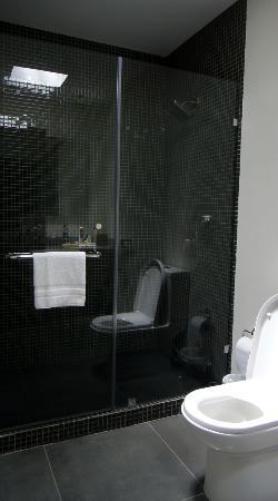La Inmaculada Hotel : Cool shower