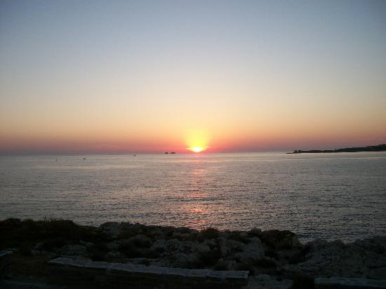 Pandrossos Hotel: SUNSET FROM HOTEL RESTAURANT VERANDA