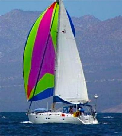 Sailing on Maui | Hawaii.com