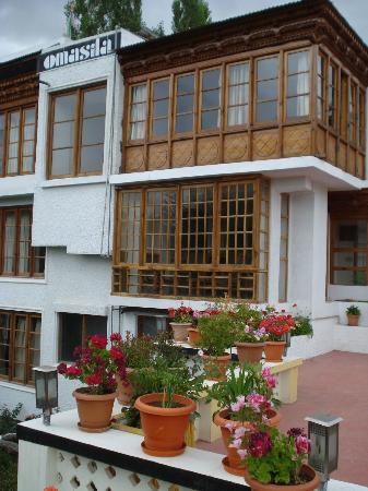 Hotel Omasila: A corner room