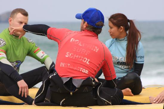 Dolphin Surf School: Surfing lesson