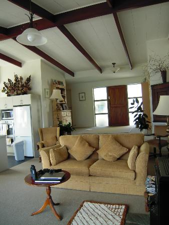 The B & B on the Hill: Living area