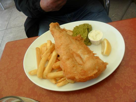 The Victoria Inn: Haddock, chips and minted pea puree