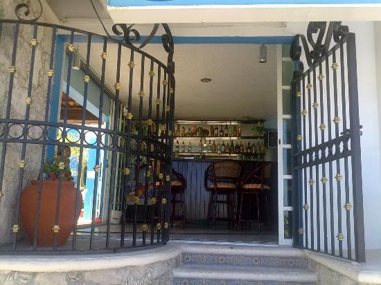 Progreso Beach Hotel: fachada del restaurant