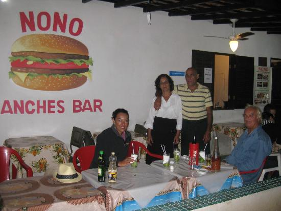 Restaurante & Lanchonete do Nonô: with owners