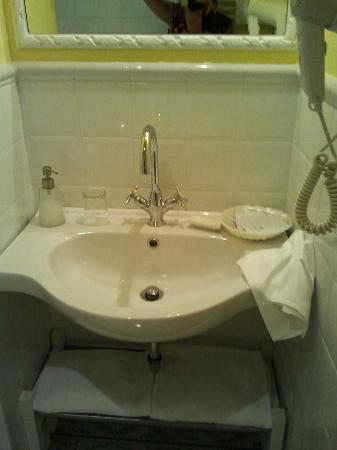 InternoRoma: baño