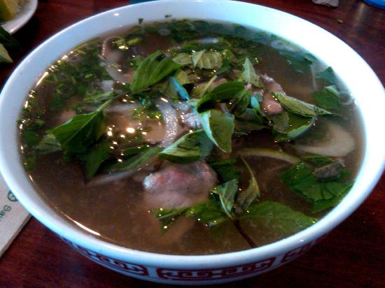 Pho 95: Yummy broth and very tender meat