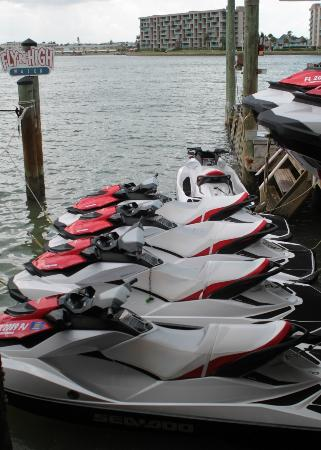 Fly-N-High Waverunners and Parasail: Their Jet ski's.....new and great condition