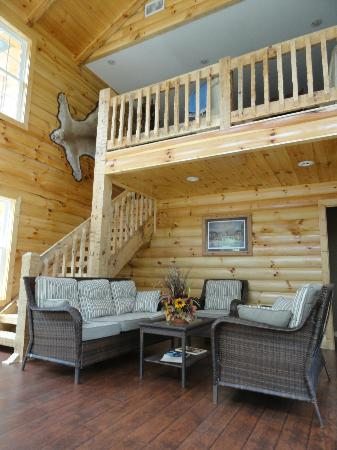 Great Buck Lodge: First impression as you enter the lodge