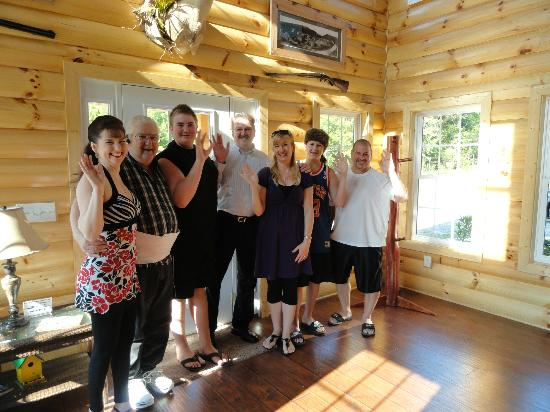 Great Buck Lodge: Waving goodbye after a wonderful visit