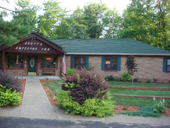 Scott's Superior Inn & Cabins: Scott's Superior Inn