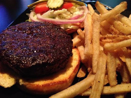 Brickhouse Grill & Pub: Kobe beef burger