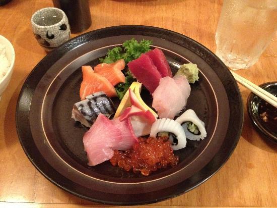 NADA Sushi Restaurant INC : Sashimi Deluxe