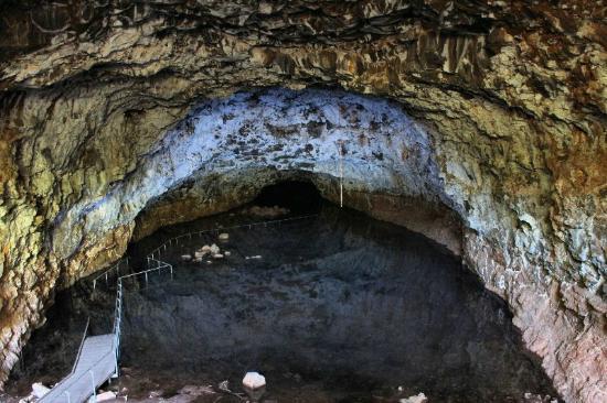 Undara Experience: Large Lava Tube at Undara NP