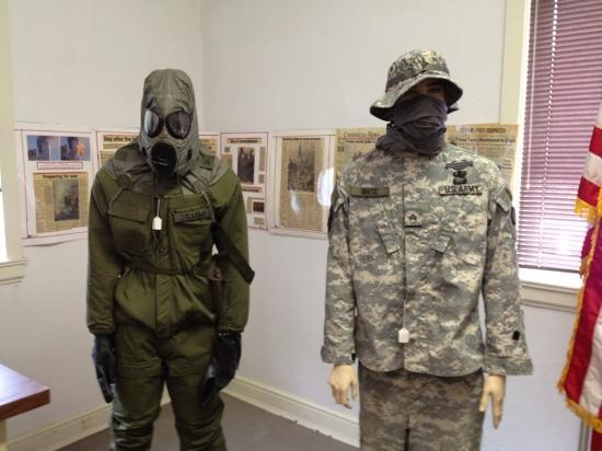 Vermilion County War Museum: Modern warfare room.