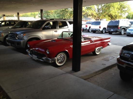 BL Bistro: car parked outside