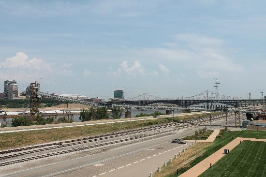 Malcolm W Martin Memorial Park: View northward from tower. Eads Bridge is the first structure. ML King Bridge is behind.