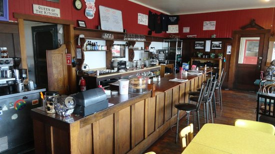 Queenie's Roadhouse Cafe