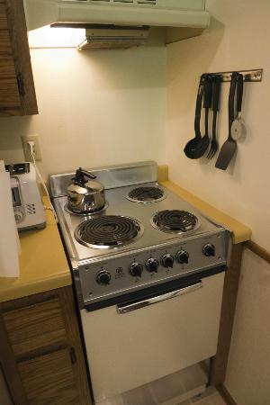 Apartment Sized Stove - Picture of The Landing Resort, Egg Harbor ...