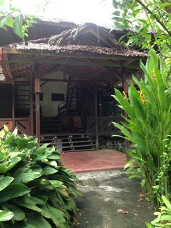 Murex Dive Resort: huset vi boede i - opdelt i 4 dobbeltværelser