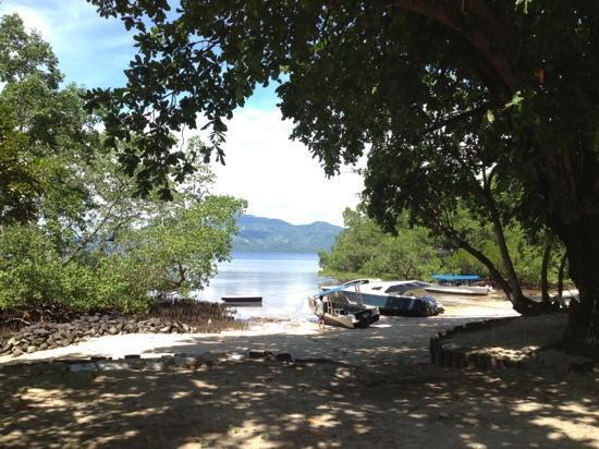 Murex Dive Resort: udsigt fra bungalow på strandfront
