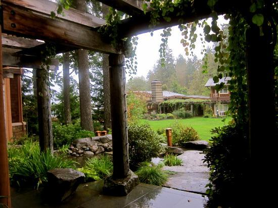 Alderbrook Resort & Spa: rainy morning