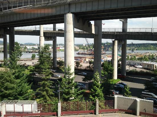 """Residence Inn Portland Downtown/Riverplace: """"River View"""" room on 4th floor"""