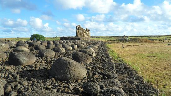 Ahu Tongariki: Una vista desde el extremo del ahu