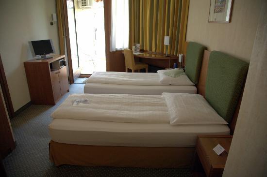 Hotel Delfino: Room 212