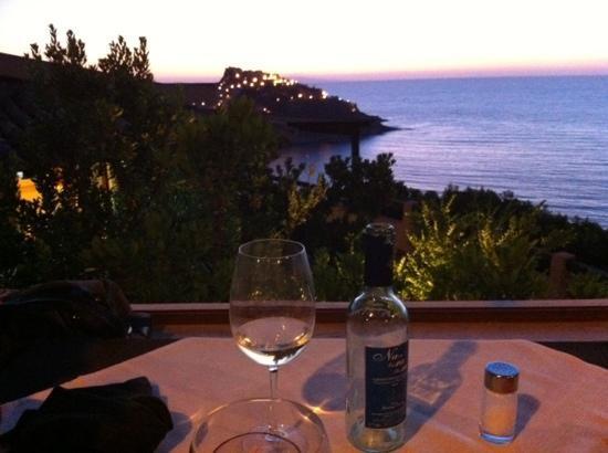 cena sul terrazzo di Rocca ja - Picture of Ristorante Rocca Ja ...