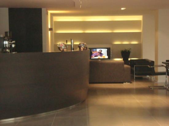 Bar und Fernsehraum - Foto di Hotel Acapulco, Cattolica - TripAdvisor