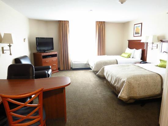 Candlewood Suites Fredericksburg: So sieht ein Zimmer mit zwei Queenssize Betten aus mit Aufpreis!!