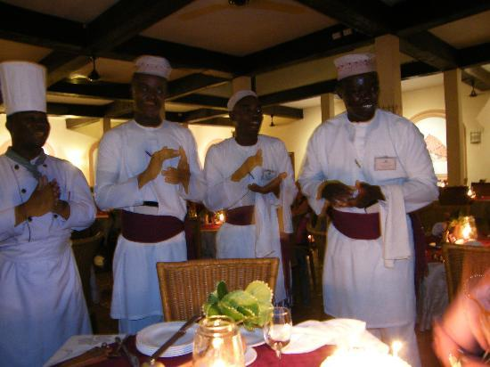 Pinewood Beach Resort & Spa: Waiters