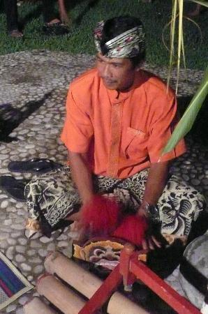 Puri Dajuma Cottages: Fridayd Night / Balinese Dancing