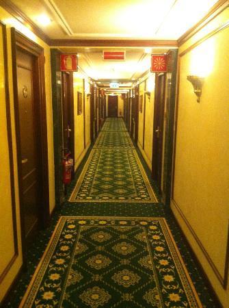 Royal Hotel Carlton: hotel