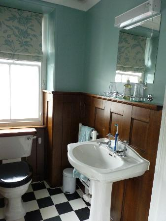 Bank House Bed and Breakfast: Bathroom
